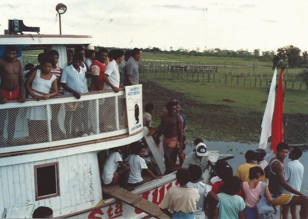 Encontro Raízes Negras de 1990 na Comunidade Silêncio, TQ Cabeceiras, Óbidos - PA. Foto: Lucia M. M. de Andrade (Acervo CPI-SP)